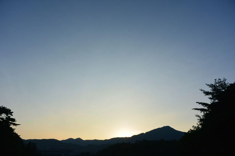 晴天の日の夜明け(2016.07.21 05:23)